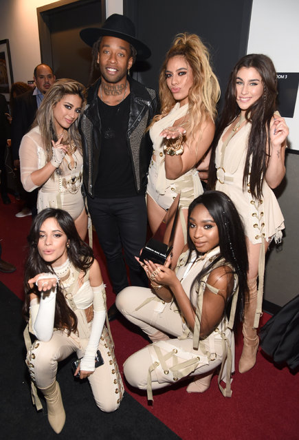 (L-R Top) Recording artists Ally Brooke, Ty Dolla Sign,  Dinah Jane Hansen, Lauren Jauregui, (bottom) Camila Cabello and Normani Hamilton of Fifth Harmony pose with Collaboration of the Year award backstage during the 2016 American Music Awards  at Microsoft Theater on November 20, 2016 in Los Angeles, California. (Photo by Frazer Harrison/AMA2016/Getty Images for dcp)