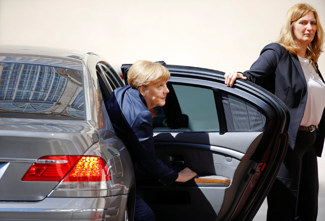 German Chancellor Angela Merkel arrives for the 2016 Charlemagne Prize ceremony, during which Pope Francis will be awarded, at the Vatican May 6, 2016. (Photo by Stefano Rellandini/Reuters)