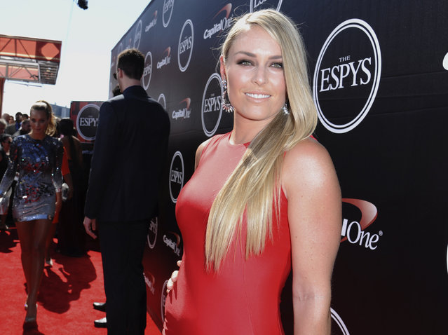 U.S. skier Lindsey Vonn arrives at the ESPY Awards on Wednesday, July 15, 2015, in Los Angeles. (Photo by Richard Shotwell/Invision/AP Photo)
