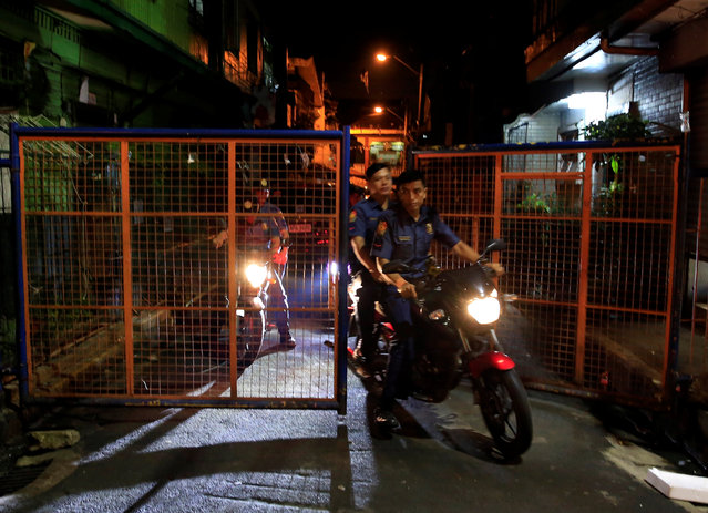 Members of the Philippine National Police (PNP) ride on their motorcycles after an operation on illegal drugs in metro Manila, Philippines, October 13, 2016. (Photo by Romeo Ranoco/Reuters)