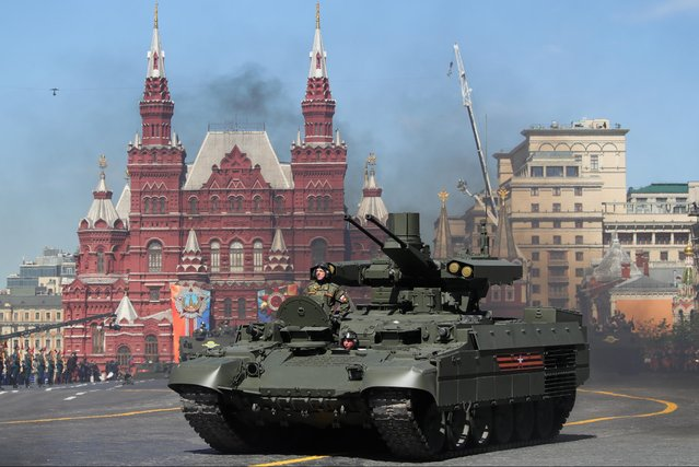 A BMPT Terminator armoured fighting vehicle rolls down Moscow's Red Square during a Victory Day military parade marking the 73rd anniversary of the victory over Nazi Germany in the 1941-1945 Great Patriotic War, the Eastern Front of World War II. (Photo by Sergei Bobylev/TASS via Getty Images)
