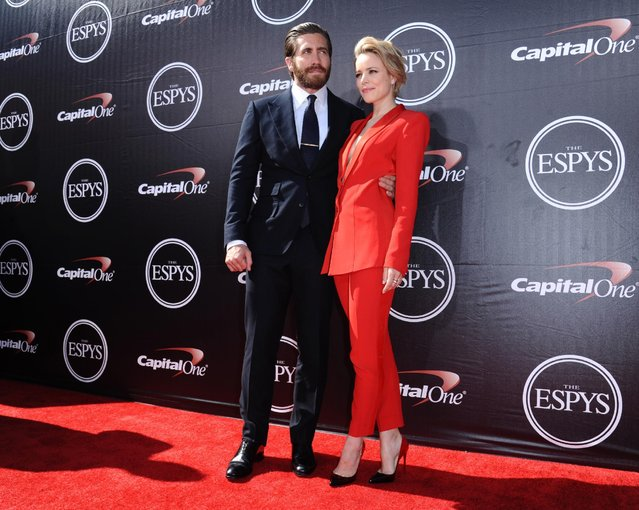 Jake Gyllenhaal, left, and Rachel McAdams arrive at the ESPY Awards at the Microsoft Theater on Wednesday, July 15, 2015, in Los Angeles. (Photo by Richard Shotwell/Invision/AP Photo)