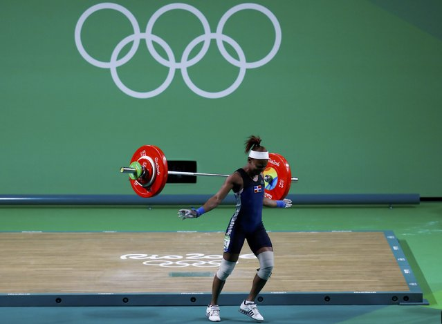 2016 Rio Olympics, Weightlifting, Final, Women's 48kg, Riocentro, Pavilion 2, Rio de Janeiro, Brazil on August 6, 2016. Beatriz Piron (DOM) of Dominican Republic fails to lift. (Photo by Kai Pfaffenbach/Reuters)