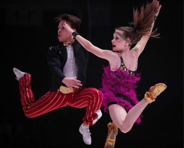 Young couple competes in Rock' n'Roll & Co, an all- Russian acrobatic rock' n'roll competition in Kazan, Russia on November 4, 2017. (Photo by Yegor Aleyev/TASS via Getty Images)