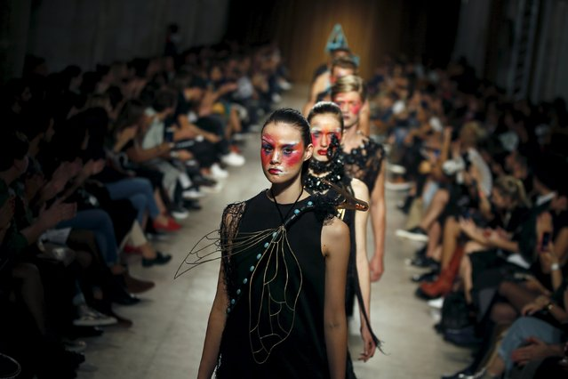 Models present creations by designer Valentim Quaresma, as part of his Summer 2016 collection, during Lisbon Fashion Week, Portugal October 10, 2015. (Photo by Rafael Marchante/Reuters)