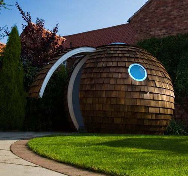 Futuristic Home Office Garden Design