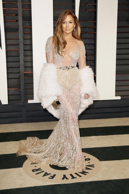 Actress Jennifer Lopez arrives at the 2015 Vanity Fair Oscar Party in Beverly Hills, California February 23, 2015. (Photo by Danny Moloshok/Reuters)