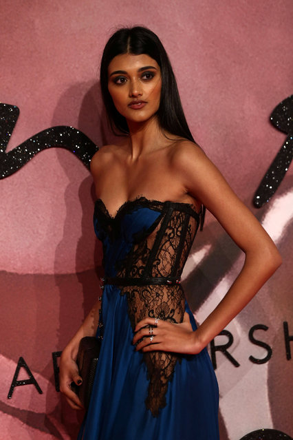 Model Neelam Gill poses for photographers at the Fashion Awards 2016 in London, Britain December 5, 2016. (Photo by Neil Hall/Reuters)