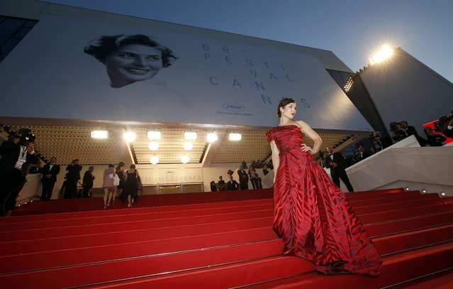 "Actress Noomi Rapace poses on the red carpet as she arrives for the screening of the film ""The Sea of Trees"" in competition at the 68th Cannes Film Festival in Cannes, southern France, May 16, 2015. (Photo by Eric Gaillard/Reuters)"