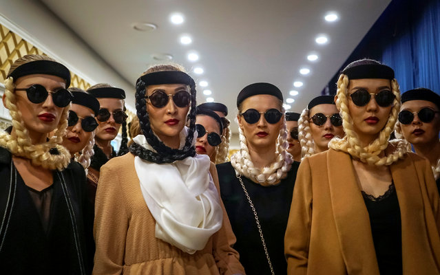 Models wait for a show backstage during Kazakhstan Fashion Week in Almaty, Kazakhstan, April 20, 2016. (Photo by Shamil Zhumatov/Reuters)