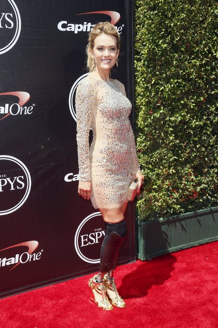 Paralympic Medalist Amy Purdy arrives for the 2015 ESPY Awards in Los Angeles, California July 15, 2015. (Photo by Danny Moloshok/Reuters)