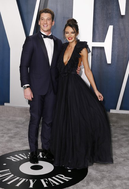 Miles Teller and Keleigh Sperry attend the Vanity Fair Oscar party in Beverly Hills during the 92nd Academy Awards, in Los Angeles, California, U.S., February 9, 2020. (Photo by Danny Moloshok/Reuters)