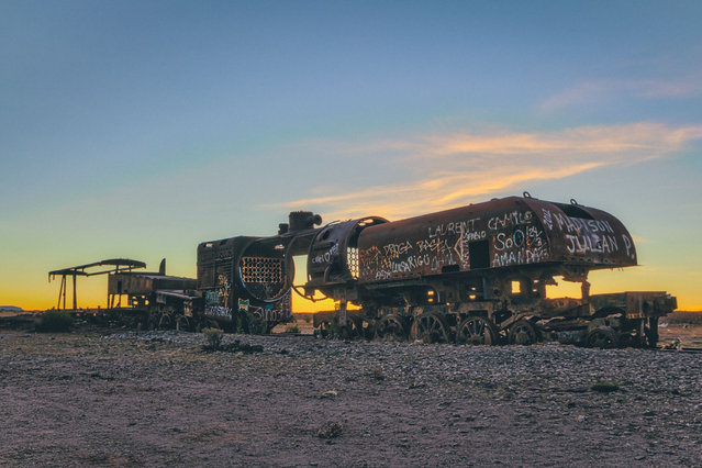 """""""Although built to withstand harsh weather conditions, the locomotives proved to be no match for the challenging conditions that they found themselves in while chugging their way through the high altitudes, thin air, corrosive salty winds and extreme temperatures in Bolivia and Chile"""". (Photo by Chris Staring/Rex Features/Shutterstock)"""
