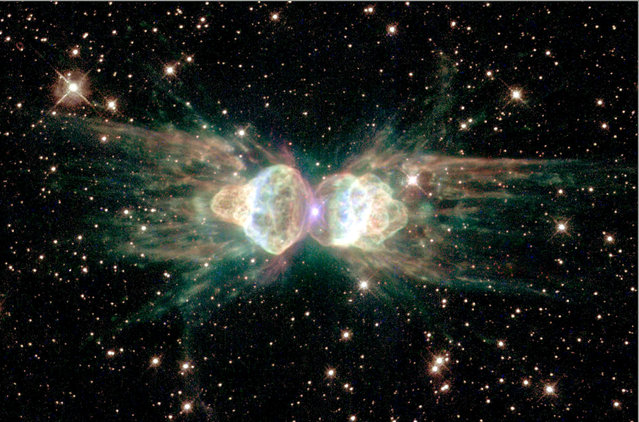 "The glowing remains of a dying, sun-like star – of the so-called ""ant nebula"" – Menzel 3, or Mz3. (Photo by Reuters/NASA)"