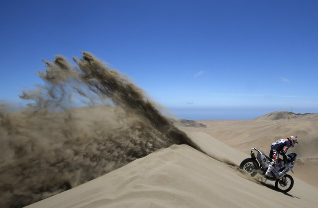 KTM rider Emanuel Gyenes of Romania rides during the sixth stage of the Dakar Rally 2015, from Antofagasta to Iquique, January 9, 2015. (Photo by Jean-Paul Pelissier/Reuters)
