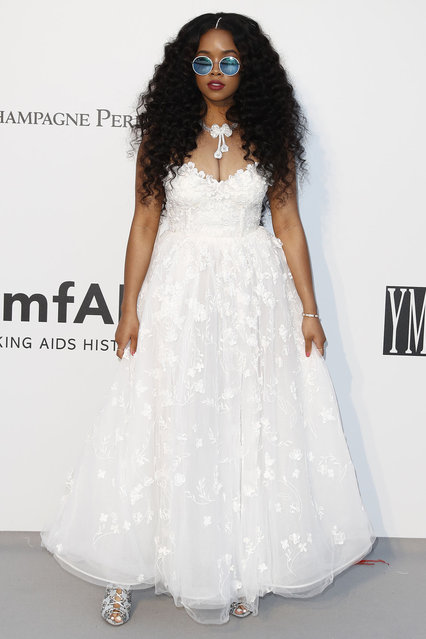 H.E.R. attends the amfAR Cannes Gala 2019 at Hotel du Cap-Eden-Roc on May 23, 2019 in Cap d'Antibes, France. (Photo by John Phillips/amfAR/Getty Images for amfAR)