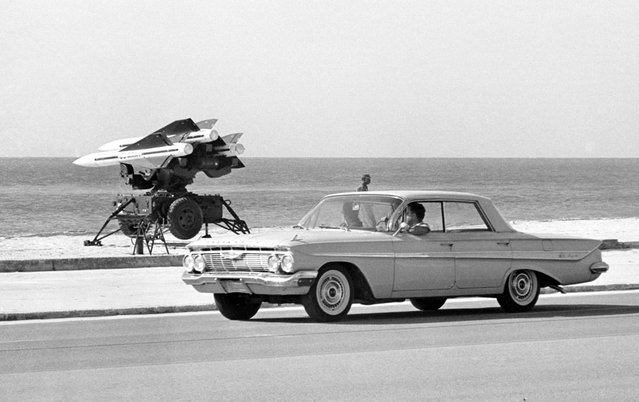 U.S. Army anti-aircraft rockets, mounted on launchers and pointed out over the Florida Straits in Key West, Florida, on October 27, 1962. (Photo by AP photo)