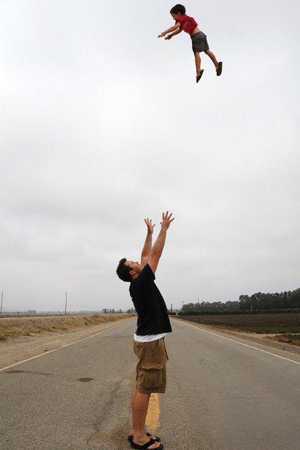 """""""Jumpology"""". """"Weeeeeeeeeeeeeeeeeeeee!!"""". California, USA. (Photo by John Mueller)"""