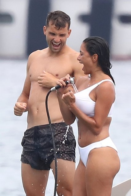 Nicole Scherzinger and her companion Grigor Dimitrov went to lunch at Club 55 and took an annex to join their boat in Saint-Tropez, France on July 22 , 2018. (Photo by Backgrid UK)