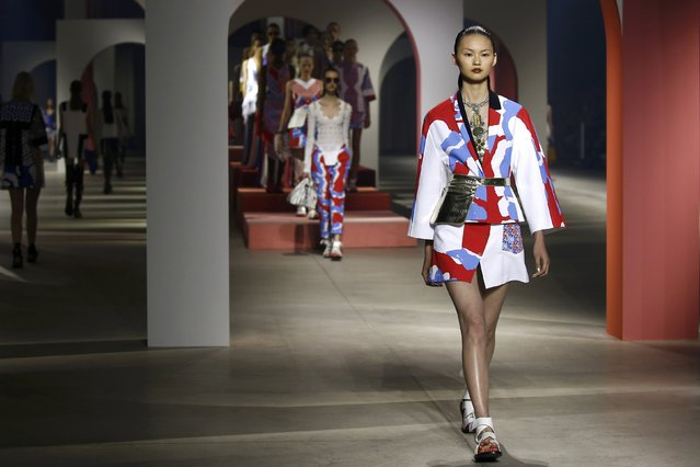 A model presents a creation by designers Humberto Leon and Carol Lim as part of their Spring/Summer 2016 women's ready-to-wear collection for Japanese fashion house Kenzo in Paris, France, October 4, 2015. (Photo by Benoit Tessier/Reuters)