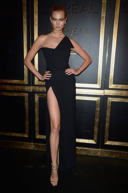 Karlie Kloss attends the Gold Obsession Party – L'Oreal Paris : Photocall as part of the Paris Fashion Week Womenswear Spring/Summer 2017 on October 2, 2016 in Paris, France. (Photo by Dominique Charriau/WireImage)