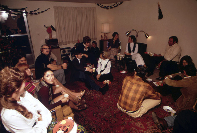 Rifle, Colorado, hospital administrator Bob Georgeson hosts a party at his home in October of 1972. (Photo by David Hiser/NARA via The Atlantic)