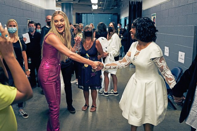 Kelsea Ballerini and Gladys Knight attend the 2021 CMT Music Awards at Bridgestone Arena on June 09, 2021 in Nashville, Tennessee. (Photo by John Shearer/2021 CMT Awards/Getty Images for CMT)