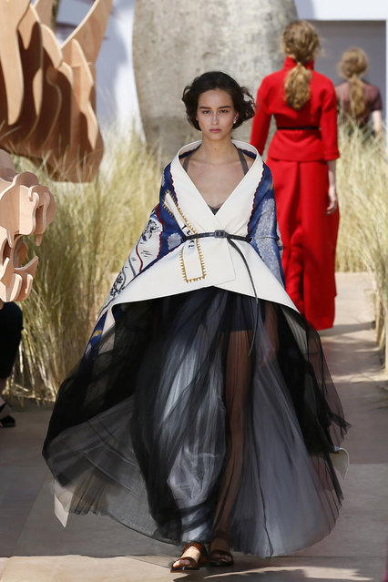 Models wear a creation during Christian Dior Haute Couture Fall-Winter 2017/2018 fashion collection presented Monday, July 3, 2017 in Paris. (Photo by Francois Mori/AP Photo)