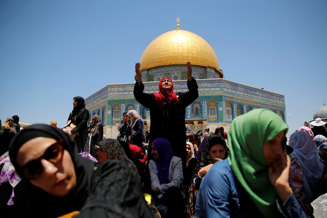 Palestinian women pray on the third Friday of the holy fasting month of Ramadan on the compound known to Muslims as Noble Sanctuary and to Jews as Temple Mount in Jerusalem's Old City June 24, 2016. (Photo by Ammar Awad/Reuters)