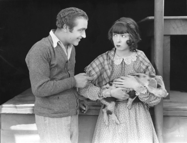 """James Hall and Colleen Moore (1900–1988) star in the film """"Smiling Irish Eyes"""", circa 1929. This is Colleen's first talking picture. (Photo by Hulton Archive)"""