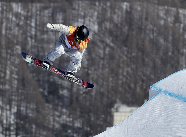 JamieAnderson, of the United States, jumps during the women's slopestyle final at Phoenix Snow Park at the 2018 Winter Olympics in Pyeongchang, South Korea, Monday, February 12, 2018. (Photo by Gregory Bull/AP Photo)