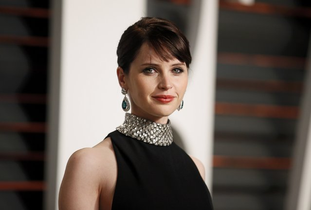 Actress Felicity Jones arrives at the 2015 Vanity Fair Oscar Party in Beverly Hills, California February 23, 2015. (Photo by Danny Moloshok/Reuters)
