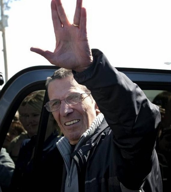 "Leonard Nimoy, ""Star Trek's"" Spock, Dies At 83"