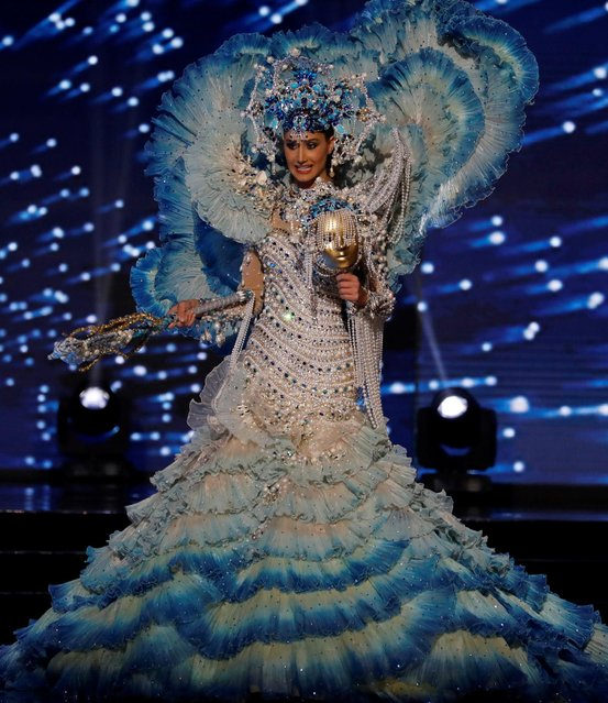 Miss Universe candidate from Venezuela Mariam Habach competes during a national costume preliminary competition in Pasay, Metro Manila, Philippines January 26, 2017. (Photo by Erik De Castro/Reuters)