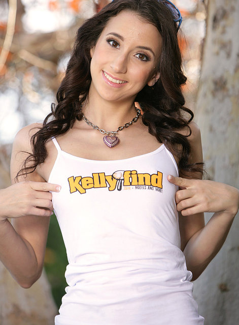"""Nineteen-year-old p*rn star Belle Knox rocketed to fame after publically claiming that she """"loves s*x"""" and finds p*rnography a nurturing, supportive and empowering working environment. (Photo by Teen Fidelity/Splash News)"""