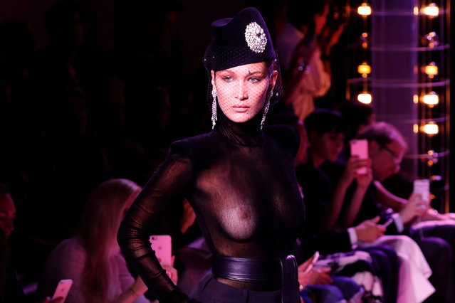 US model Bella Hadid presents a creation by Alexandre Vauthier during the 2017-2018 fall/ winter Haute Couture collection in Paris on July 4, 2017. (Photo by Francois Guillot/AFP Photo)