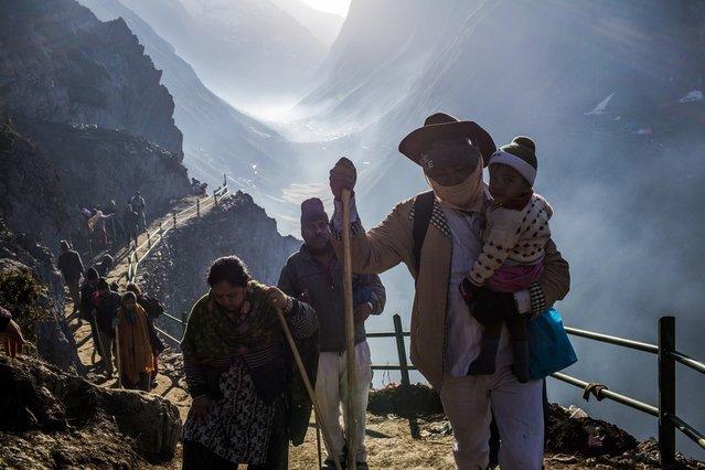 Thousands Of Hindu Pilgrims Take Part In Amarnath Yatra