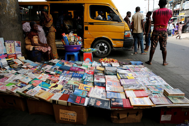 Books are displayed for sale along a road in Ikeja district in Nigeria's commercial capital Lagos December 22, 2016. (Photo by Akintunde Akinleye/Reuters)