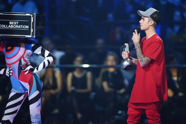 Justin Bieber accepts the award for Best Collaboration on stage during the MTV EMA's 2015 at the Mediolanum Forum on October 25, 2015 in Milan, Italy. (Photo by Brian Rasic/Getty Images for MTV)