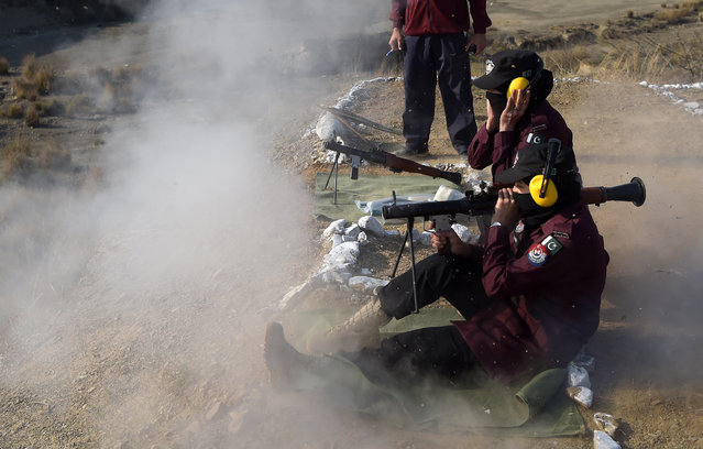 Female Pakistani police commandos use rocket launcher during a exercise at a police training centre in Nowshera, a district in the Khyber Pakhtunkhwa Province on March 7, 2019. (Photo by Abdul Majeed/AFP Photo)