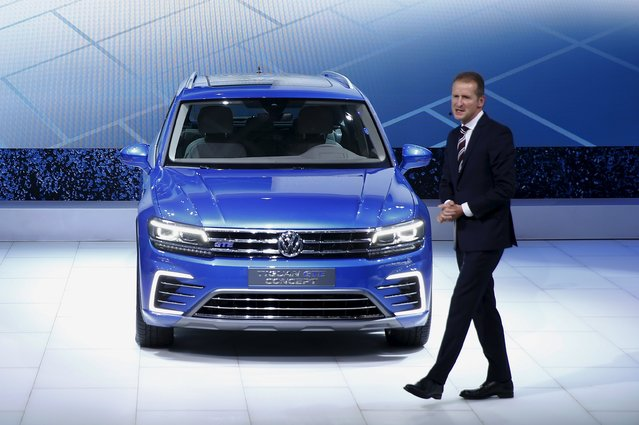 Volkswagen Passenger Cars CEO Herbert Diess presents the new Tiguan GTE at the 44th Tokyo Motor Show in Tokyo October 28, 2015. (Photo by Thomas Peter/Reuters)
