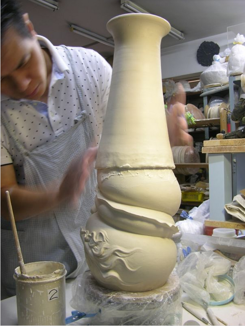 Beautiful Chinese Dragon Vase By Sculptor Johnson Tsang
