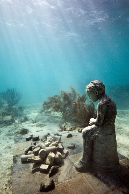 """Inheritance"". Underwater Sculpture, Museo Subacuático de Arte, Cancun. (Photo by Jason deCaires Taylor/UnderwaterSculpture)"