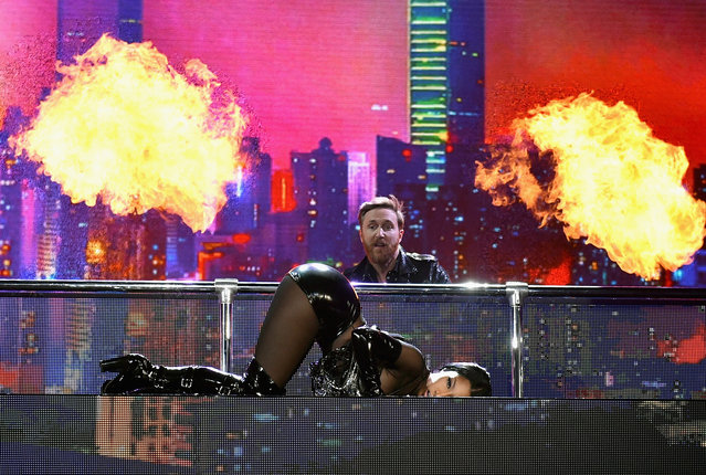 Recording artist Nicki Minaj and DJ David David Guetta perform onstage during the 2017 Billboard Music Awards at T-Mobile Arena on May 21, 2017 in Las Vegas, Nevada. (Photo by John Shearer/BBMA2017/Getty Images for dcp)