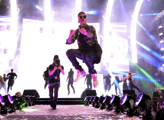 Justin Bieber performs during the 2015 Wango Tango concert at the StubHub Center in Carson, California May 9, 2015. (Photo by Kevork Djansezian/Reuters)