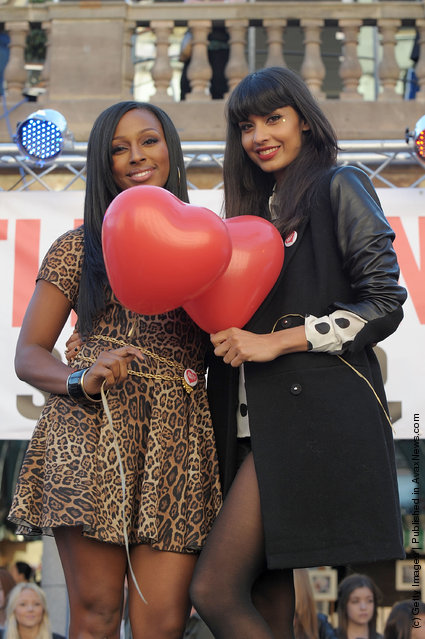 Alexandra Burke and Jameela Jamil supports event which attempt to break Guinness World Record for number of people signing up to the organ donor