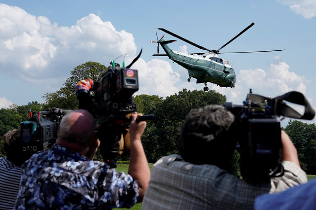 The Marine One helicopter with U.S. President Donald Trump and the first family on board leave from the White House in Washington, U.S., to Camp David, August 25, 2017. (Photo by Yuri Gripas/Reuters)