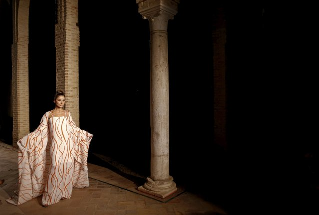 A model presents a creation by Balbina Arias during Andalucia de Moda (Andalusia Fashion) in Seville, southern Spain, November 10, 2015. (Photo by Marcelo del Pozo/Reuters)