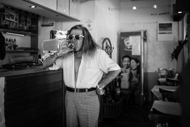 """""""White sunglasses, white shirt, white watch and, of course, white wine!""""; Udine, Friuli-Venezia Giulia, Italy, 2013. (Giulio Magnifico)"""