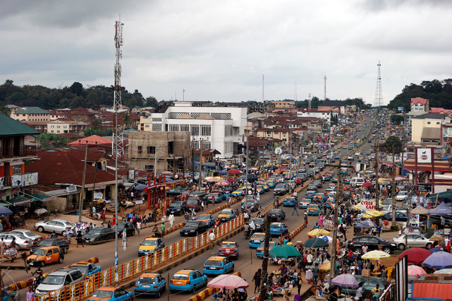 A view of Oba Adesida road in Akure, capital of Ondo state in Nigeria, September 9, 2016. (Photo by Akintunde Akinleye/Reuters)